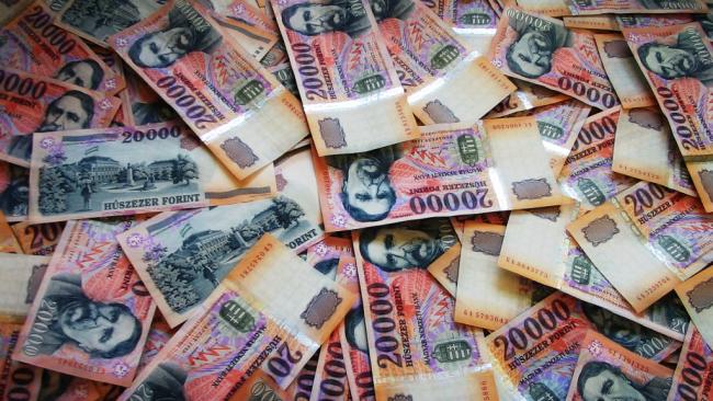 pénz1 - 2018.08.23.MA megnyílik számodra a pénzügyi bőségkapu, váratlanul megérkezik a kívánt pénzösszeg!