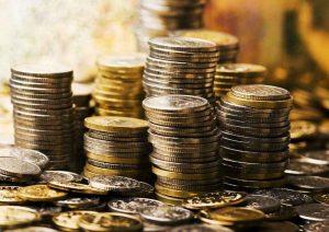 pénz2 300x212 - Az Univerzum mai üzenete - Augusztus 2. Most minden, amihez nyúlsz, arannyá változik, minden terved megvalósul!