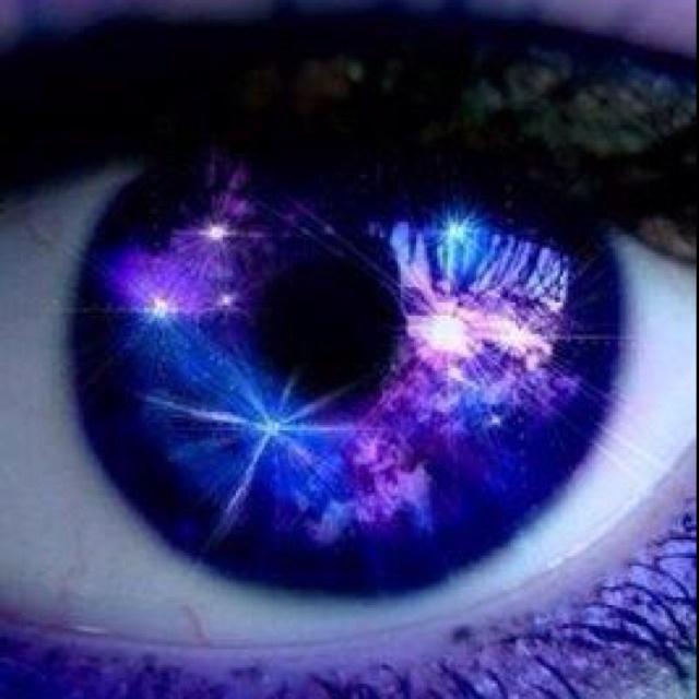 szeme - A barna szemű férfi kedvesebb, a kék szemű szenvedélyes! A te párodnak milyen színű a szeme?