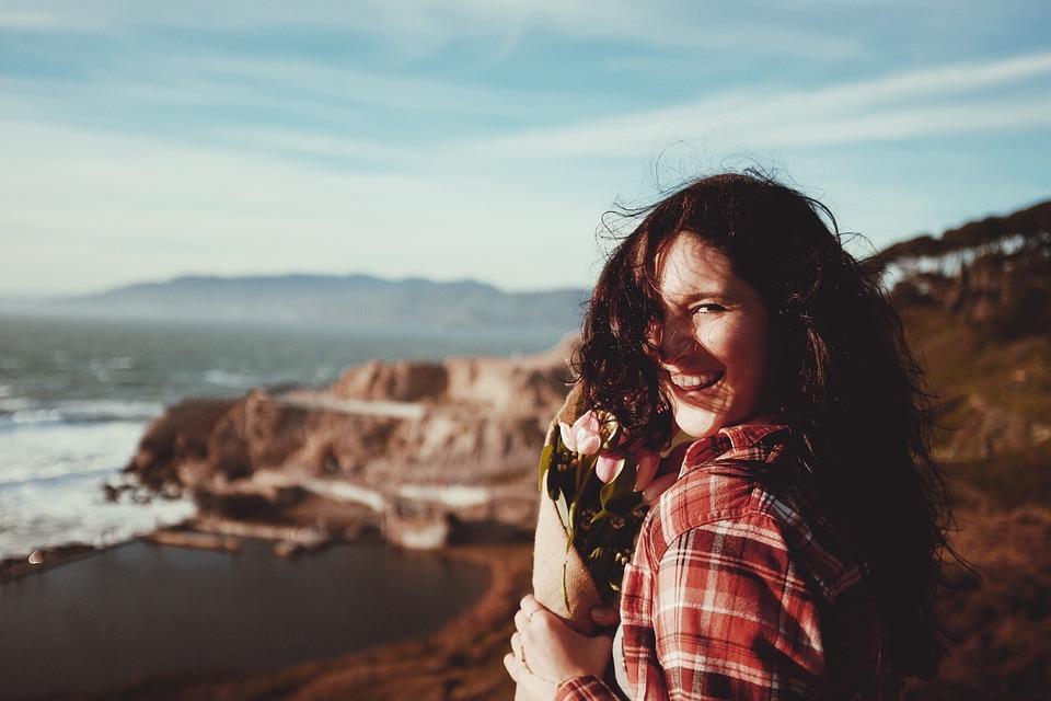 mosolygó - A folyton mosolygó nők titka
